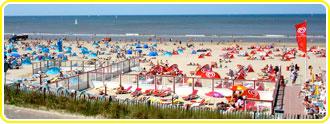 Het strand ligt naast Camping de Duinrand